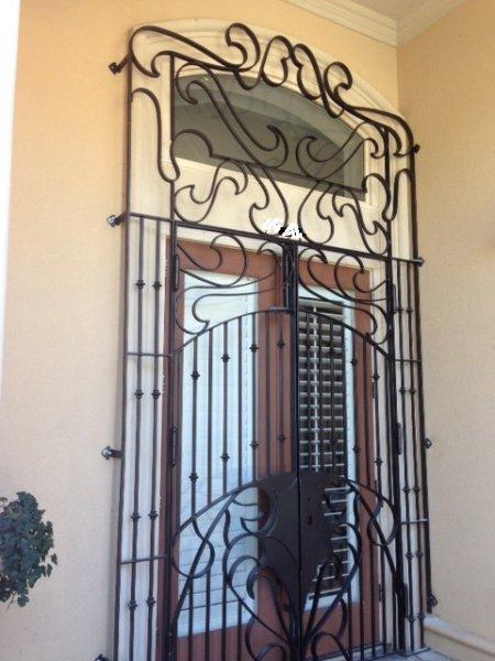 Entrance gates sadlemire metal custom design and for Door to gate kontakt