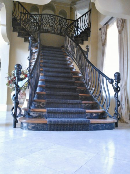 Stunning Grand Staircase With Fancy Stairs.